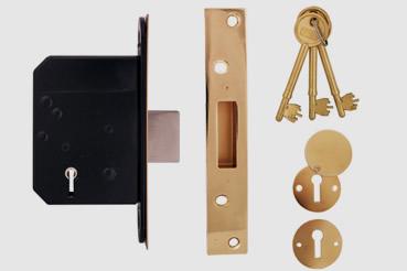 Deadlock Installation by Walthamstow master locksmith